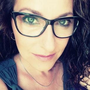 freelance WordPress and custom web developer, Sarah Cox